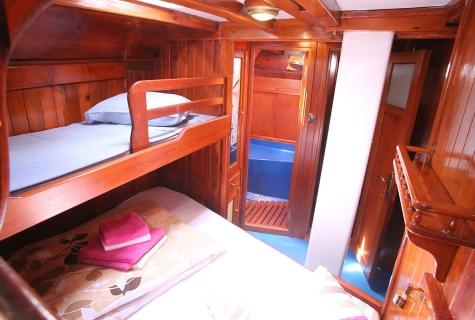 Triple Master Cabin