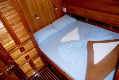 Askim Deniz cabin bed