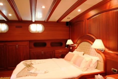 Caner 4 cabin (2)