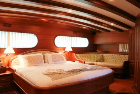 Caner 4 cabin sofa