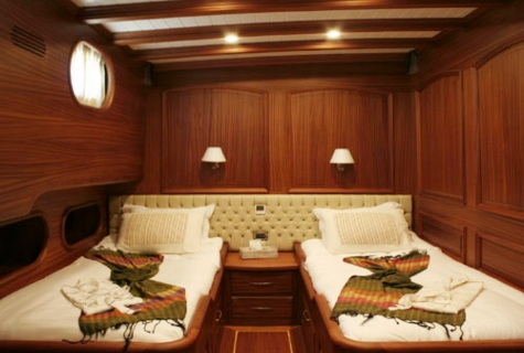 Caner 4 twin cabin