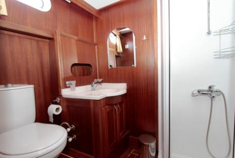Gulet Gokce cabin (15)