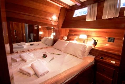 Kaya Guneri 1 bed