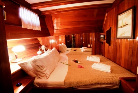 Kaya Guneri 1 cabin