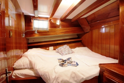 Kugu cabin double