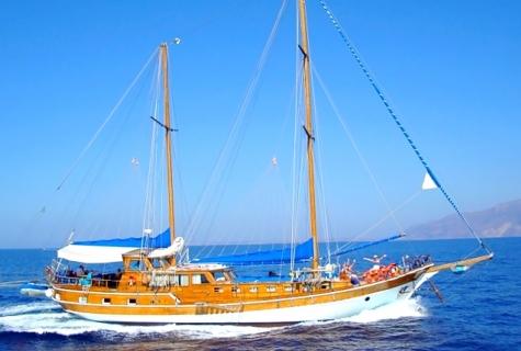 Gulet Syrolana Cruising