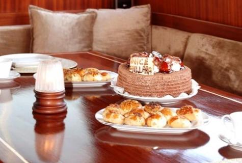 Yucebey cake