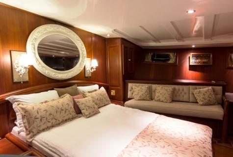 Afroditi cabin 3