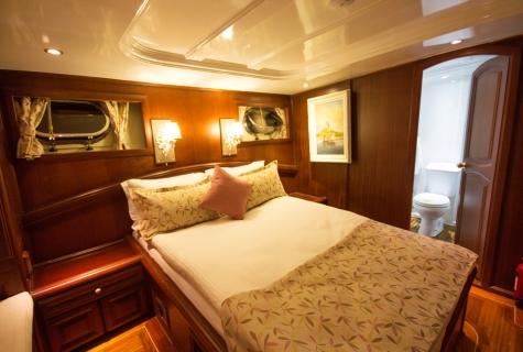 Afroditi cabin double