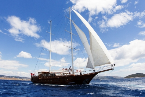Afroditi sailing