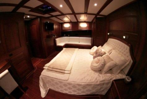 Gulet Arif Kaptan A cabin
