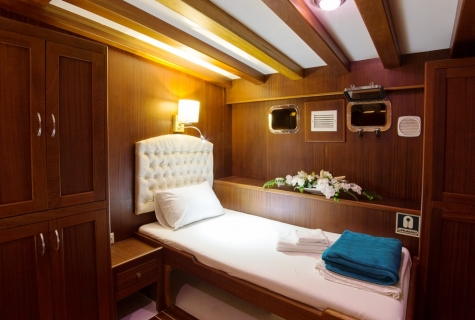 BB cabin bed