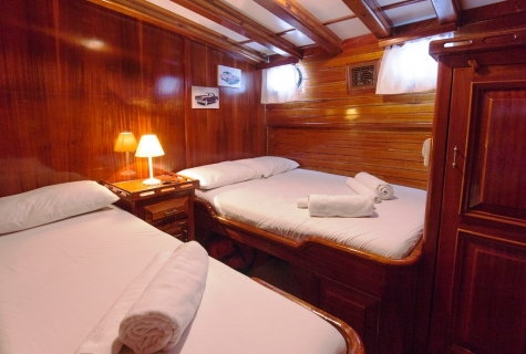 Blue Cruise Twin cabin example