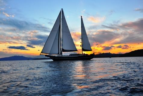 Sailing 8