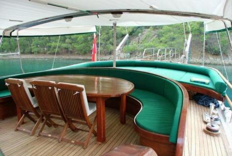 Cozy deck