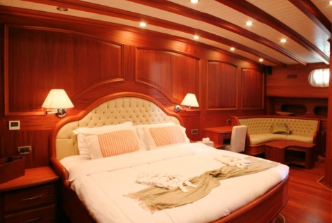 Caner 4 cabin double
