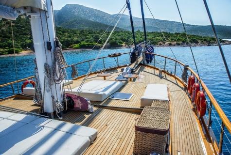 Dea Del Mare deck amm