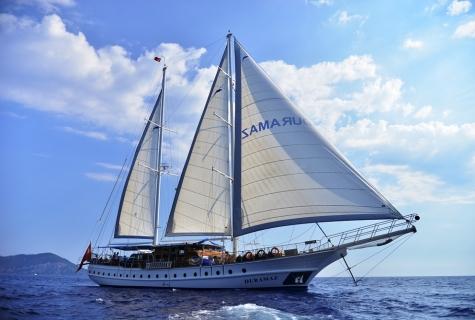 Duramaz sailing 1