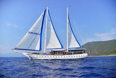 Duramaz sailing