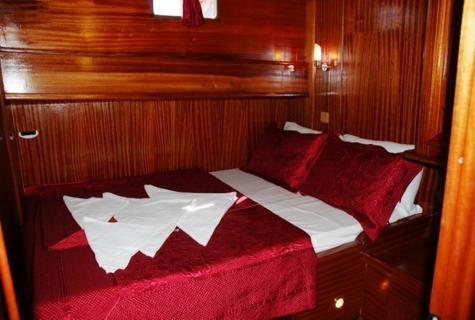 Ece Sultan cabin