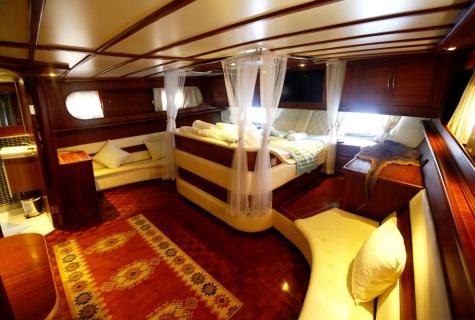 Esma bed sofas cabin