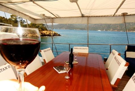 Esma food wine