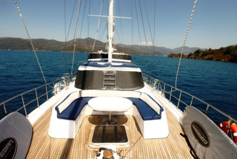 Esma sultan 2 foredeck view 1