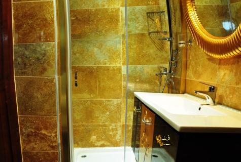 Gulet Esma Sultan bathroom (1)