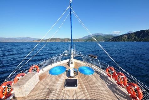 Faralya deck sun safety