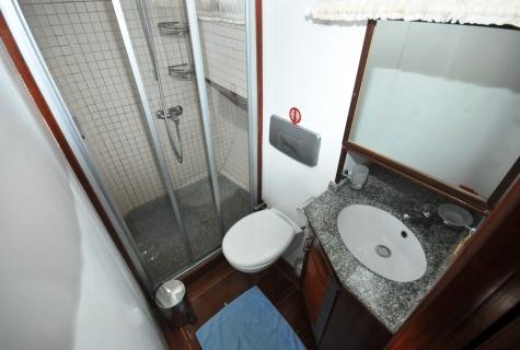 Faralya shower
