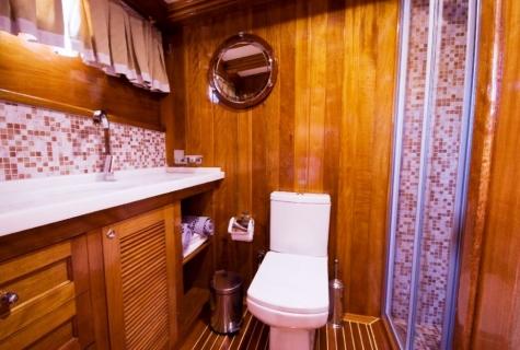 Flas VII toilet