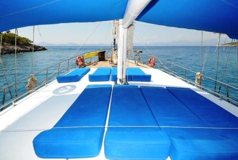 Gulet Hasay deck 1