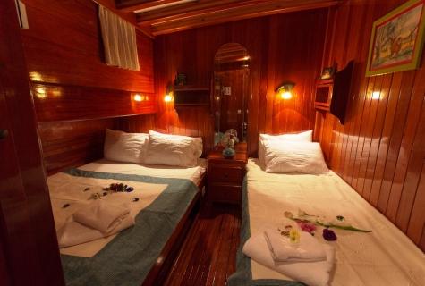 Karina twin cabin (4)
