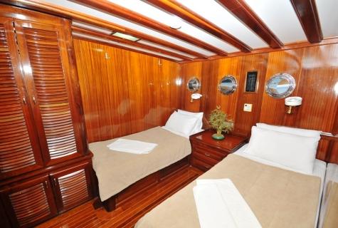 Kayhan 11 cabin twin