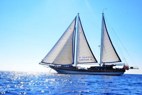 Kayhan 11 sailing 2