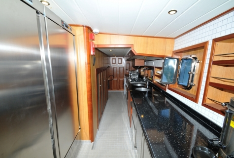 Kayhan 3 kitchen 1