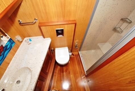 Kayhan 3 toilet