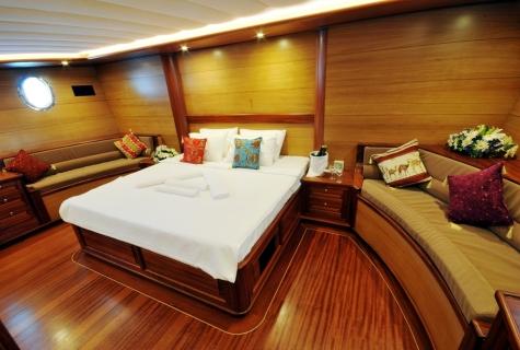 Kayhan 4 cabin sofa