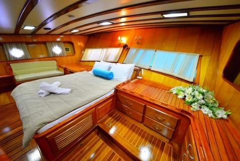 Kayhan 5 cabin sofa