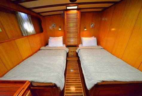 Kayhan 5 cabin twin