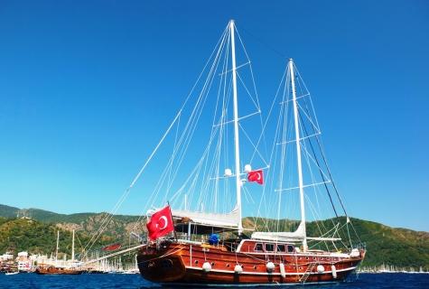 Gulet Mehmet Bugra day
