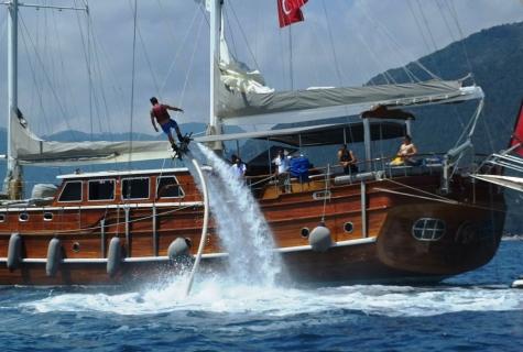 Mehmet Bugra Watersports on board (5)