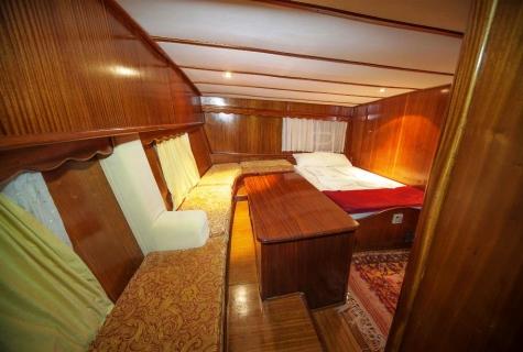 Miriam Sophie cabin 3