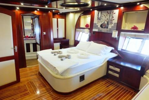 Perla Del Mar 2 cabin (2)