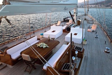 Regina deck