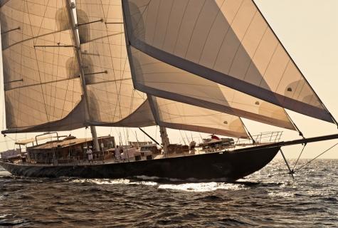 Regina sun sailing