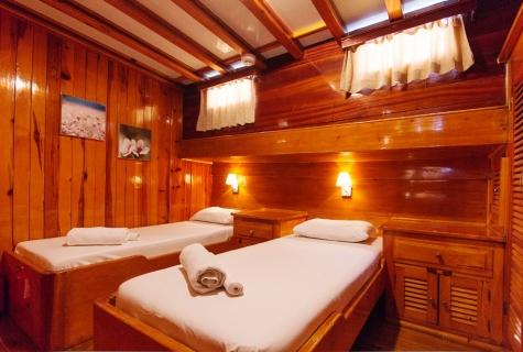 Salmakis Twin Cabin Example