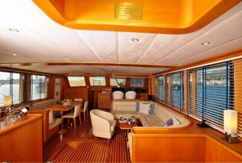 Sea Comet Salon