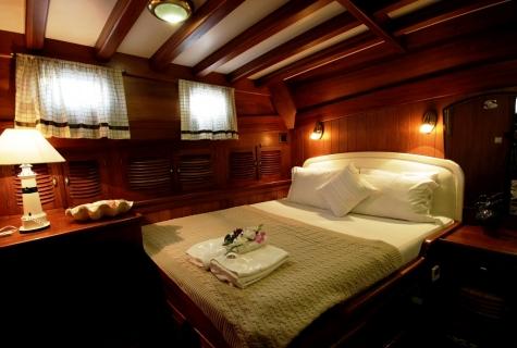 Gulet Serenad double cabin (1)
