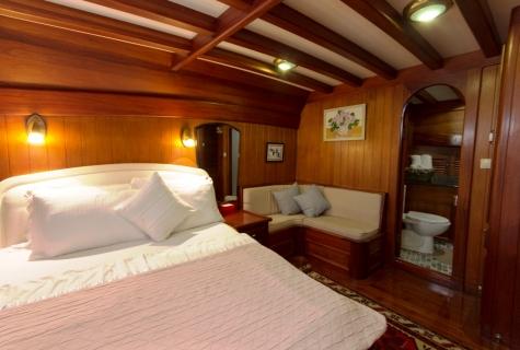 Gulet Serenad double cabin (3)